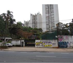 Está à venda, em São Paulo, terreno de propriedade do Estado
